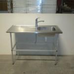 Bord rustfrit stål med vask & blandingsbatteri